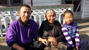 Pau Wanghcuk's family